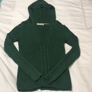 Green Old Navy Sweater
